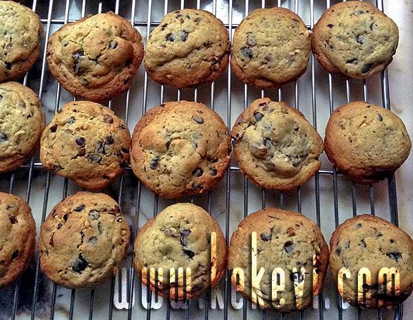 damla çikolatalı amerikan kurabiyesi
